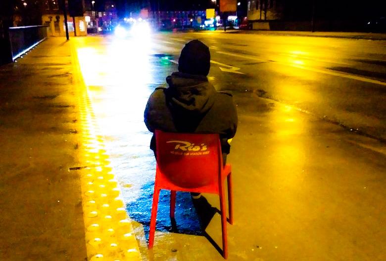 Der neue Stefan und der Stuhl aus dem Café Rios