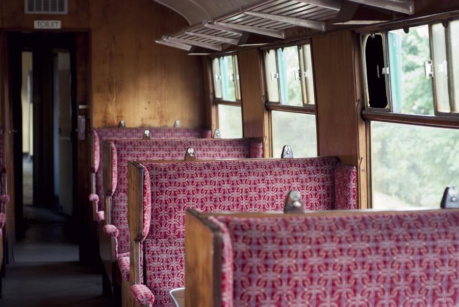 Der-neue-Stefan-und-der-Lieblingsplatz-im-Zug